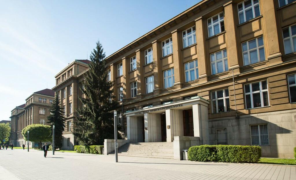 Vysoká škola chemicko-technologická v Praze (VŠCHT)