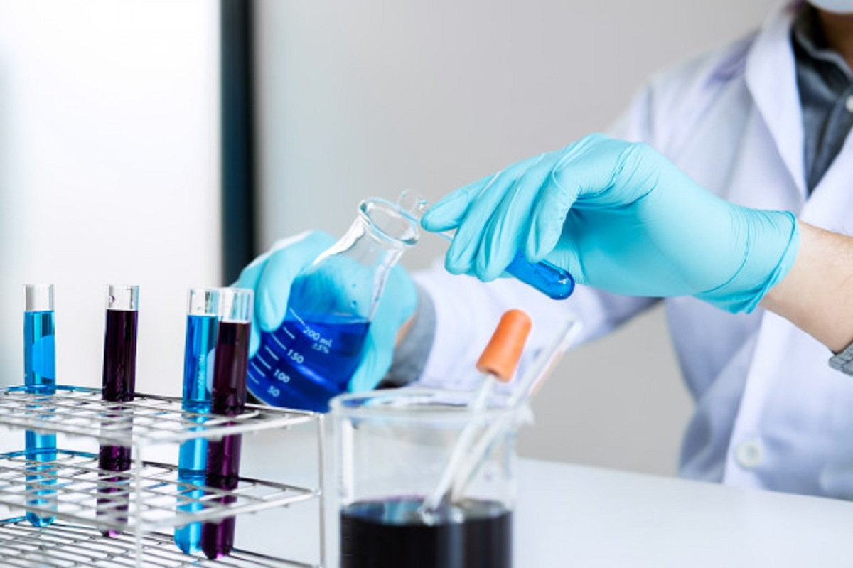 chemist-is-analyzing-sample-laboratory-with-equipment-science-experiments-glassware-containing_28283-989